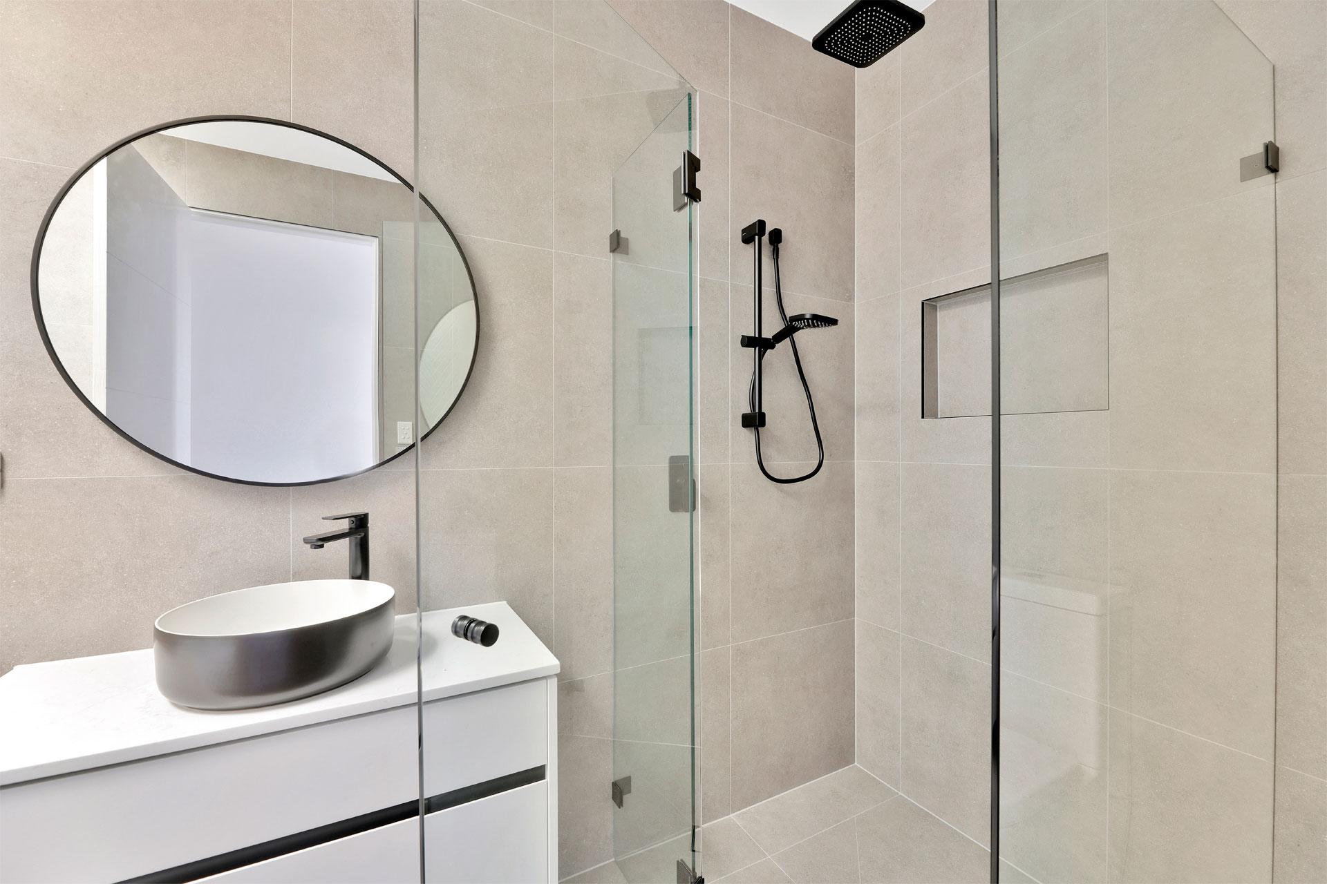 https://starwardrobes.com.au/wp-content/uploads/2021/07/About-Bathroom.jpg